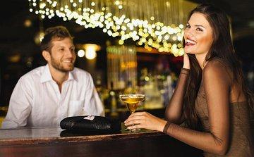 Вредит ли флирт женщины с другим мужчиной семейным отношениям