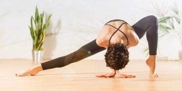 Йога – идеальный фитнес или путевка к костоправу?