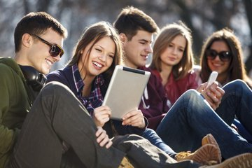 Британскую молодежь лишат лайков