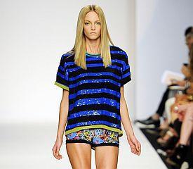 Весна-лето  2011: шорты-трусы. Чем короче, тем лучше