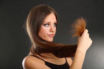 Почему секутся кончики волос и как с этим бороться