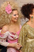 Накануне Дня Святого Валентина в самом дорогом французском ресторане Москвы собралось изысканное общество миллионеров и звезд по случаю вручения Ленинской Премии в области Beauty.